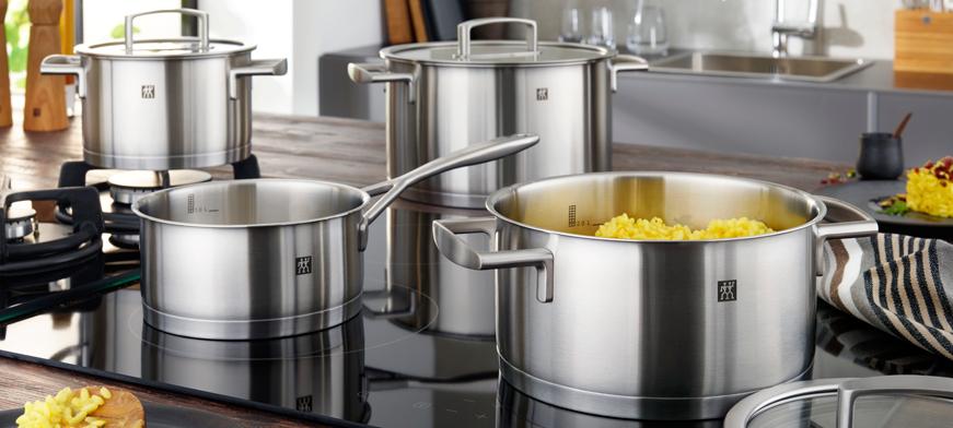 قدور وأواني الطبخ الأساسية في كل مطبخ