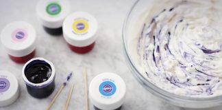 طريقة تلون كريمة التزيين بواسطة ألوان التزيين ويلتون