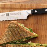 سكين الخبز