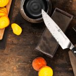 الطريقة الصحيحة لتنظيف والعناية بالسكاكين