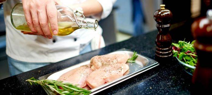 5 نصائح أساسية لتحضير الدجاج