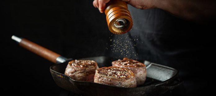 نصائح لطهي ألذ ستيك لحم