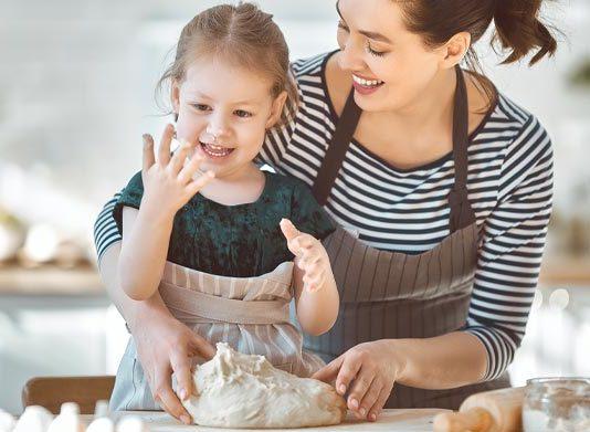 أطعمة صيفية يمكن تحضيرها مع أطفالك