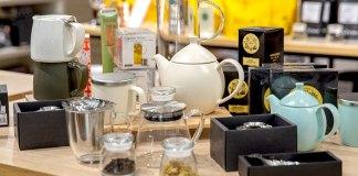 أدوات أساسية لتقديم شاي الأعشاب
