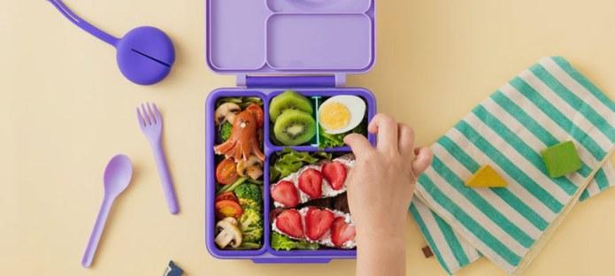 نصائح للحد من هدر طفلك لطعام المدرسة